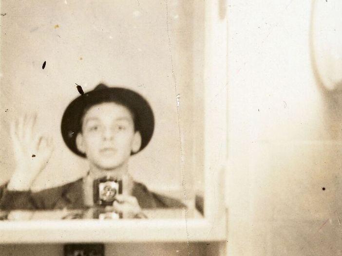 Warner, una società con i familiari per gestire il patrimonio di Frank Sinatra