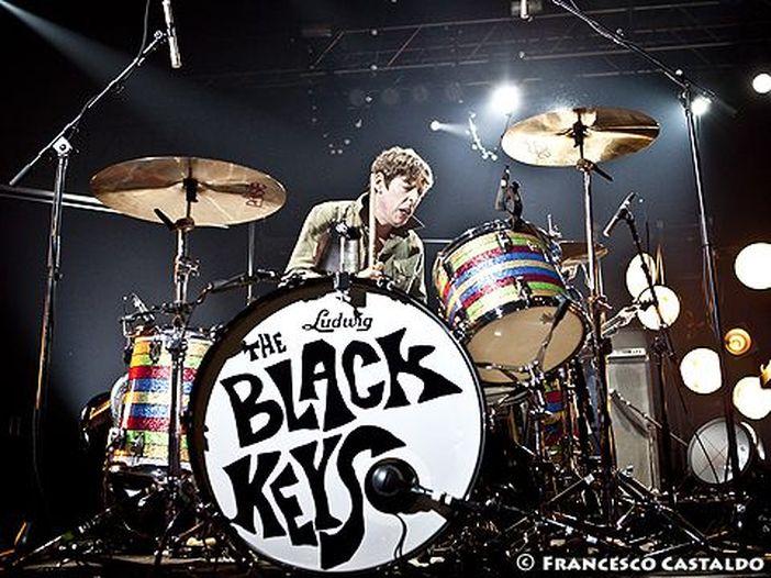 Black Keys: Carney non si è ripreso dall'infortunio, salta il tour in Asia e Pacifico