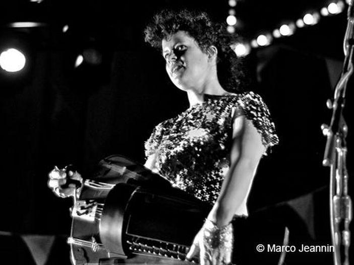 Arcade Fire, 'Reflektor' torna nei negozi in edizione digitale (e in cassetta) con cinque inediti e un remix - FOTO / TRACKLIST