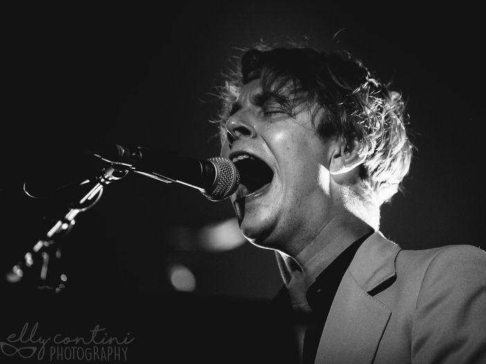 Tom Odell, l'attesa è finita: esce il 10 giugno il nuovo album 'Wrong crowd' - ASCOLTA / COPERTINA / TRACKLIST