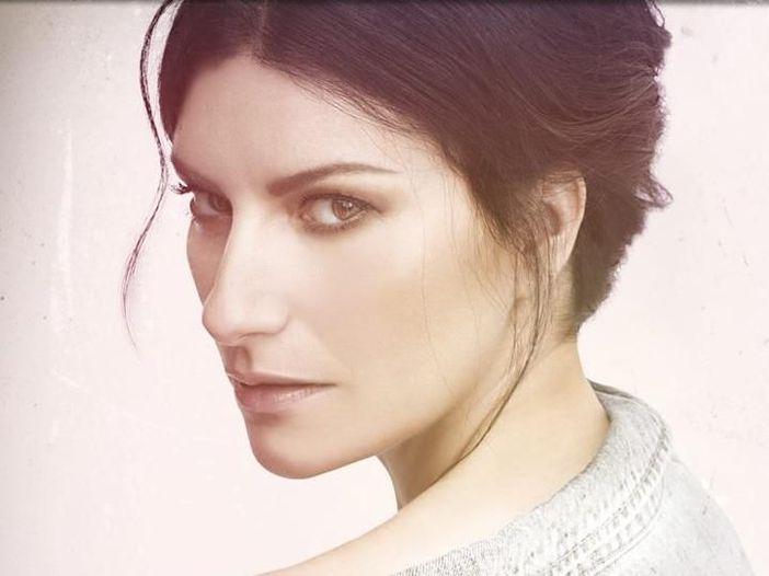 Laura Pausini, la tracklist di 'Fatti sentire' è da decifrare: 'Cerca il filtro'