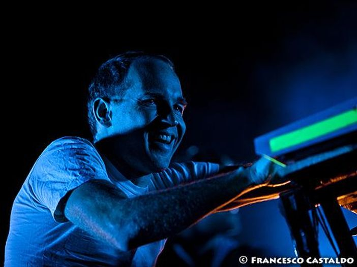Dopo 4 anni torna Caribou, nuovo album. Due live in Italia
