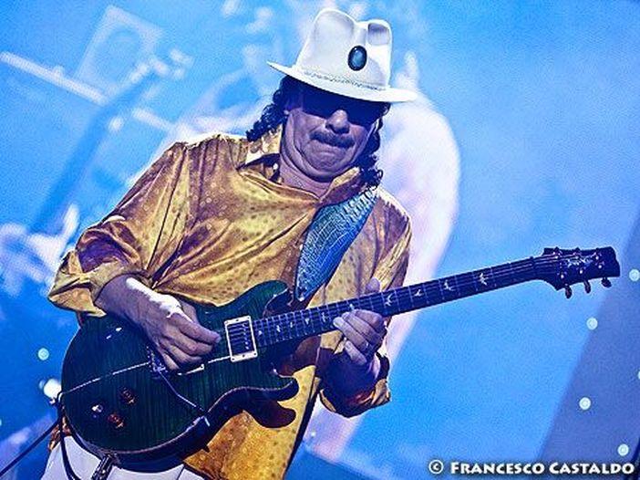 Concerti, Santana: due date in Italia a luglio 2015