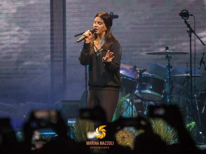 Roger Waters critica Lana Del Rey per aver deciso di esibirsi in Israele, lei replica così - GUARDA