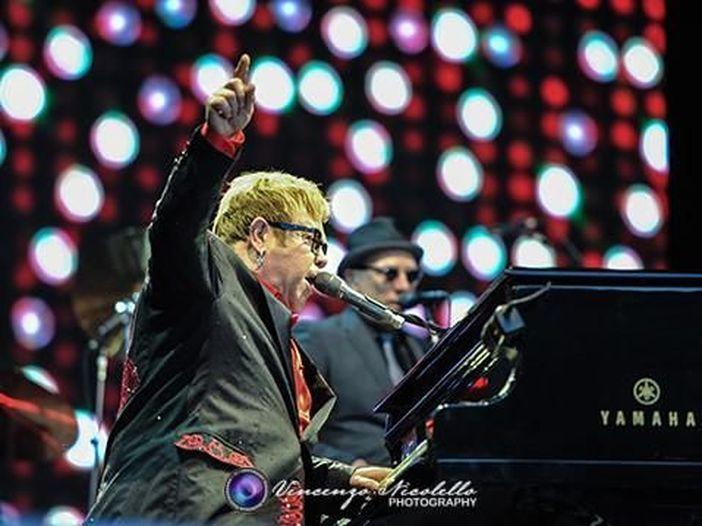 Concerti, il tour d'addio di Elton John arriva anche in Italia: due date a maggio 2019 all'Arena di Verona