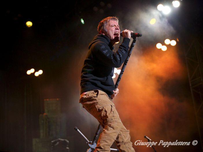 """Bruce Dickinson (Iron Maiden): """"Il tour di 'Book of souls' è stata la tempesta perfetta"""" - VIDEO"""