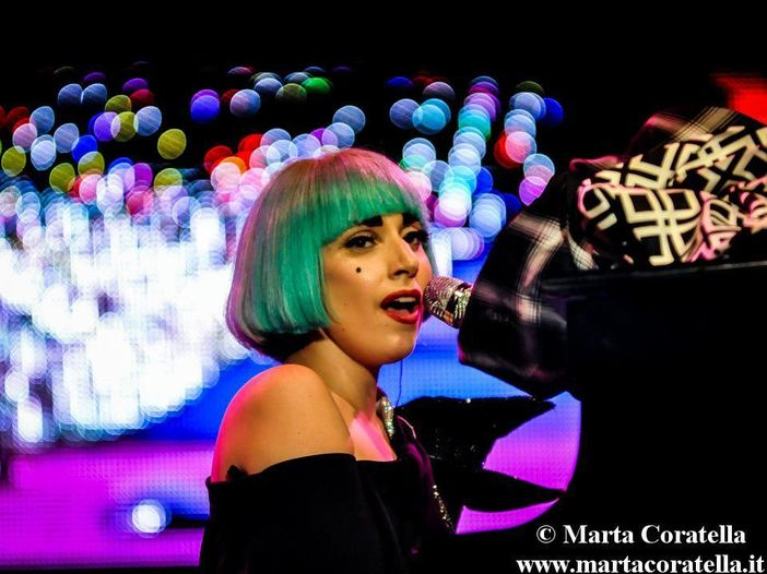 Lady Gaga, 'ArtPop': c'è anche una canzone dedicata a Donatella Versace