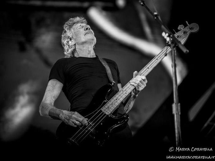 """Roger Waters, ascolta una nuova """"versione Covid"""" di """"Mother"""""""
