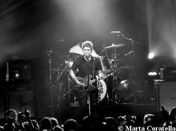 Noel Gallagher: in Rete anche la nuova 'She must be one of us', ascoltala qui