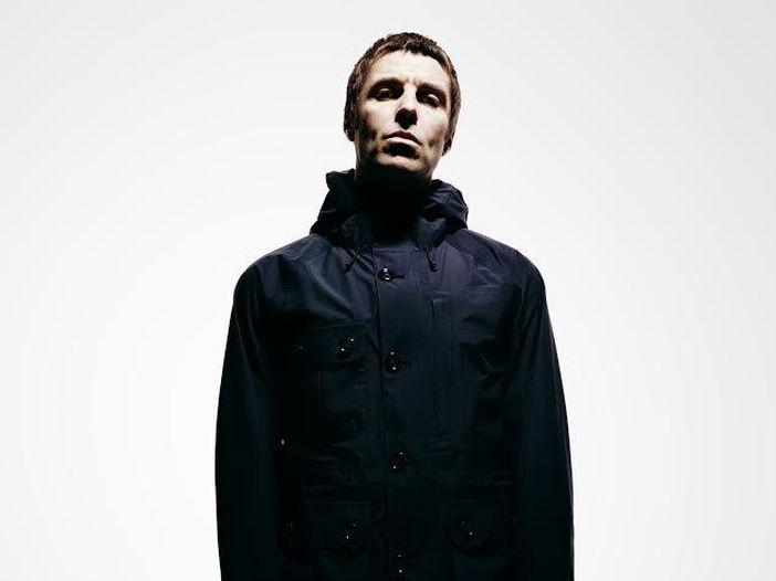 Liam Gallagher, ieri a Manchester il debutto dal vivo da solista: i video di tutte le canzoni - GALLERY