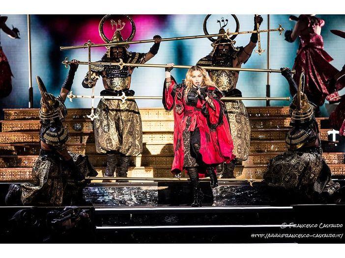 Madonna scrive, dirige e produce il suo biopic