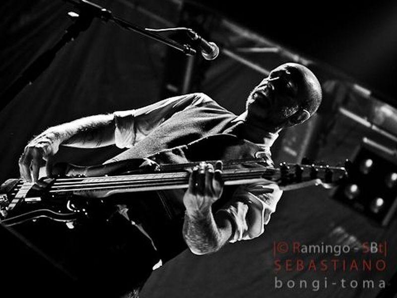19 Febbraio 2011 - The Cage Club - Livorno - Massimo Volume in concerto