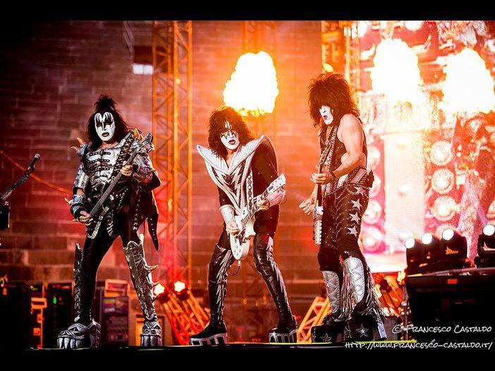 """Kiss: è online un nuovo trailer più lungo di """"Kiss rocks in Vegas"""" - GUARDA"""