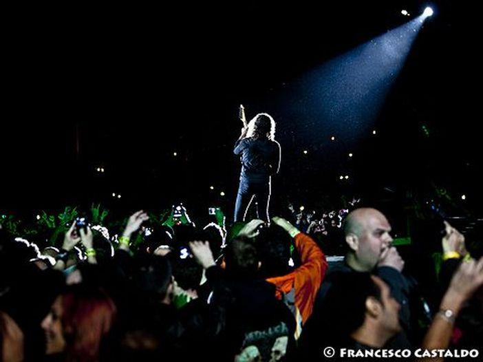 Uno studio della BBC: 'I biglietti dei grandi concerti raddoppiati di prezzo in vent'anni'