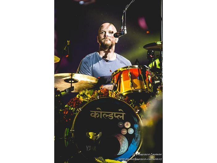 "Coldplay, scrivono una canzone di Natale dedicata all'Australia: ""Christmas with the kangaroo"" - VIDEO"