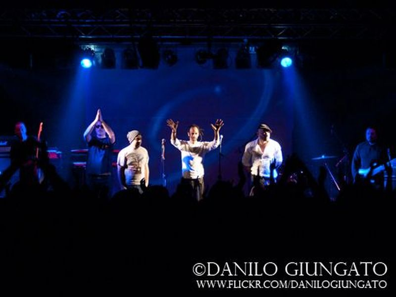 18 Febbraio 2012 - Viper Theatre - Firenze - Almamegretta in concerto