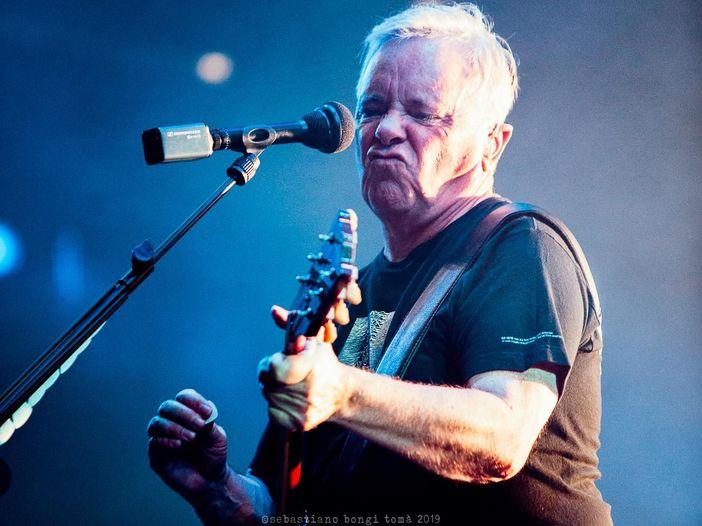 Grandi concerti aspettando che riprendano i concerti: New Order, live alla O2 Academy di Glasgow, 2006