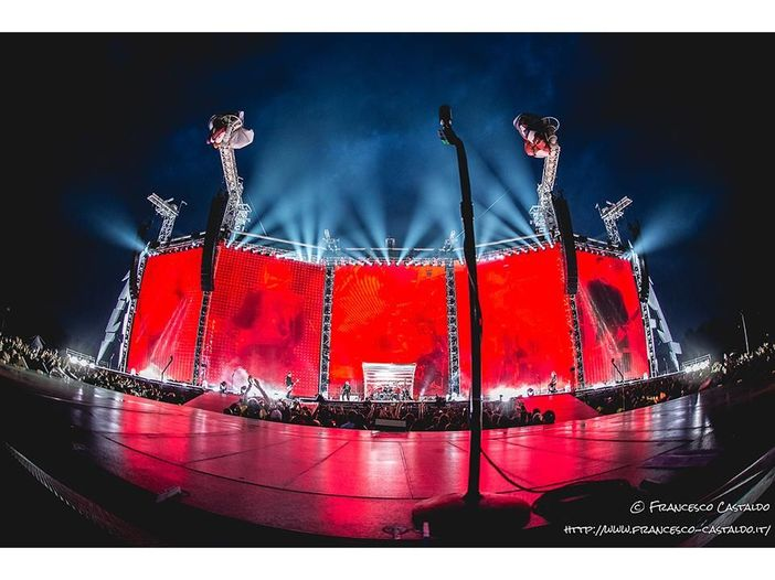 Metallica fedeli alla linea: rinnovato il contratto con la Mercury