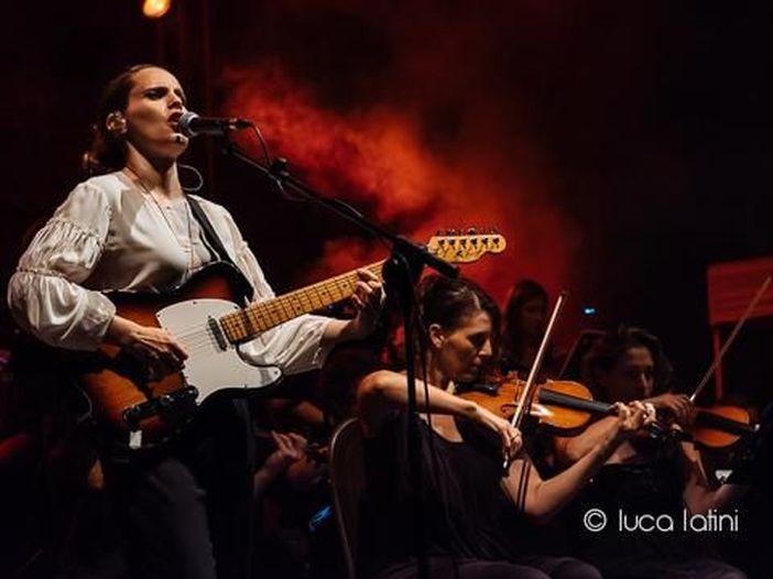 Concerti, Anna Calvi al festival Tener-a-mente di Gardone Riviera