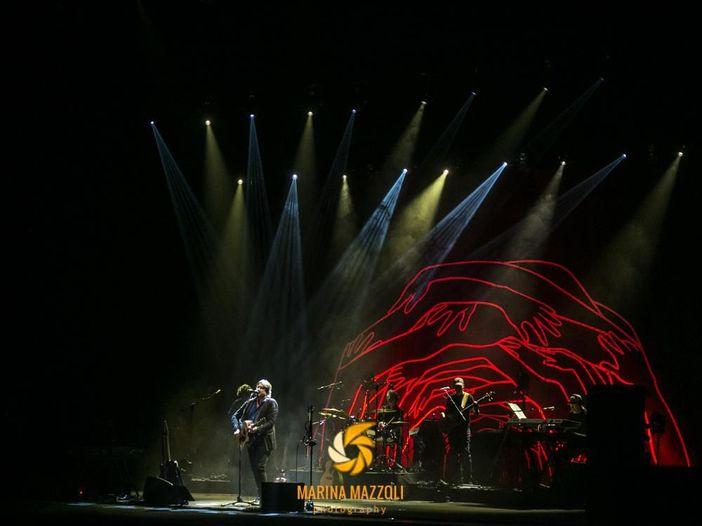 Cristiano De André, oggi l'operazione alle corde vocali: annullato il concerto del 29 luglio al Festival di Majano – INFORMAZIONI RIMBORSI