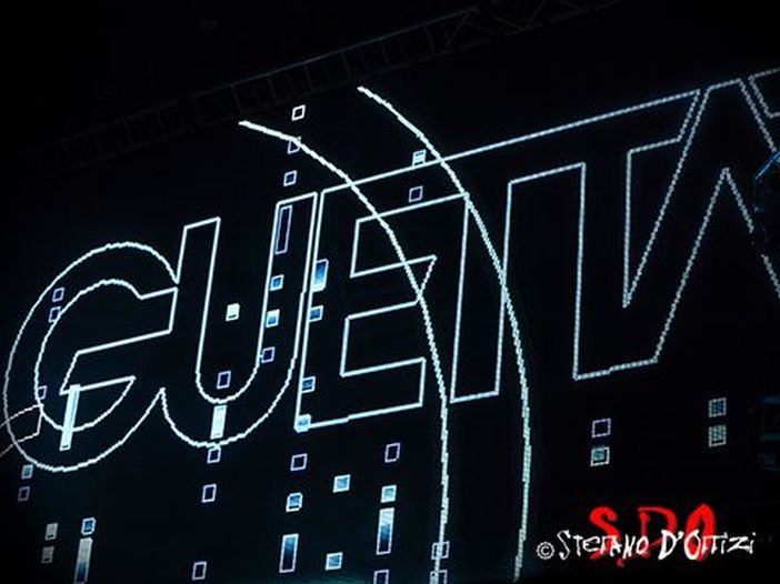 David Guetta e Sia di nuovo insieme per il singolo 'Flames' - ASCOLTA