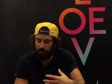 """Thegiornalisti - Tommaso Paradiso racconta il nuovo album """"Love"""""""