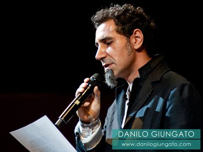 Accadde nel rock, oggi 21 agosto: Serj Tankian, Prodigy, Don Backy, Robert Moog, Kelis, Kenny Rogers, Joe Strummer