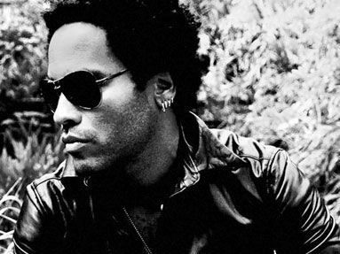 Lenny Kravitz regala ai fan un brano inedito: è 'Rock star city life'