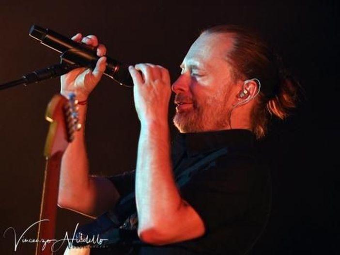 Thom Yorke (Radiohead) ospite al dj set di Four Tet. Guarda il video