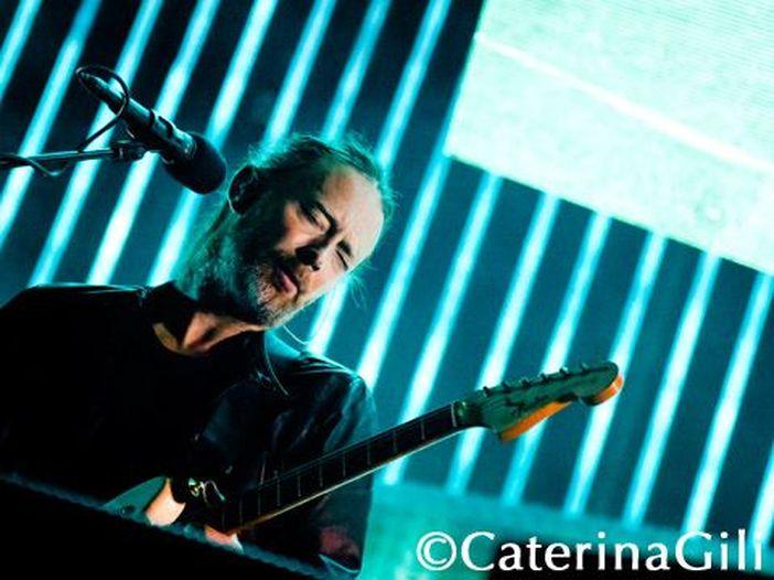 """Radiohead, misterioso messaggio per posta ai fan: """"Brucia la strega"""""""