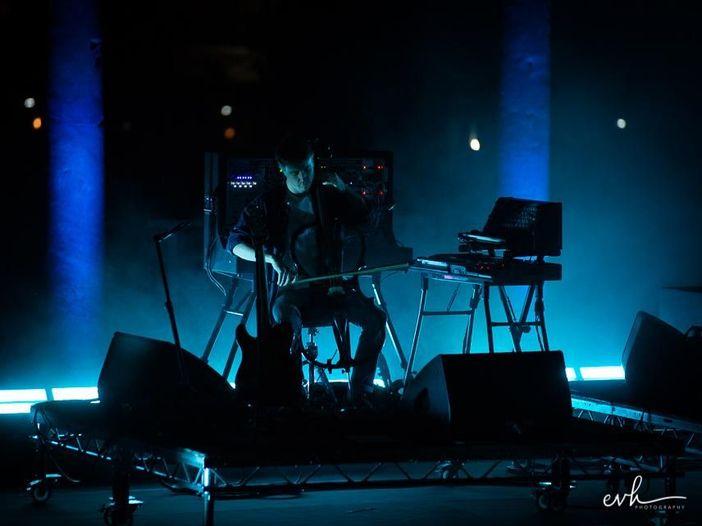 """James Blake, dal vivo per la prima volta le canzoni di """"The colour in anything"""" - VIDEO"""