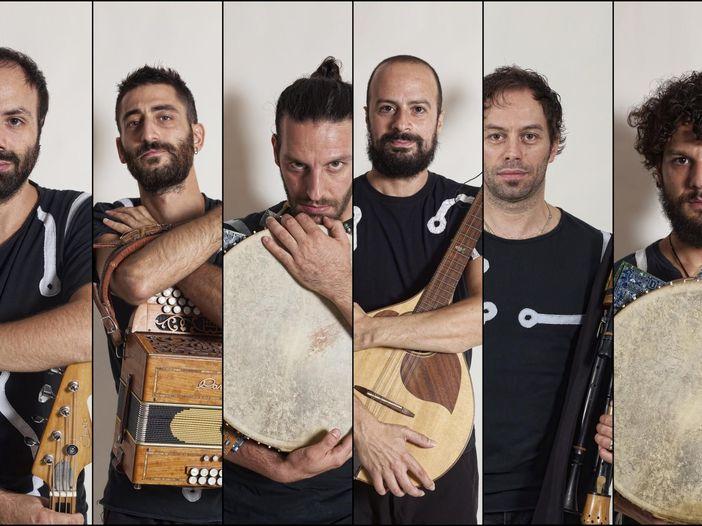Concerti, Kalascima: parte il tour mondiale della band salentina