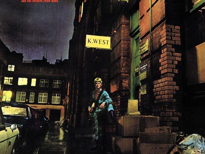 """David Bowie, Enrico Ruggeri racconta """"Rock'n'roll suicide"""""""