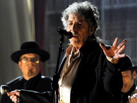 Elvis Costello, Marcus (Mumford & Sons) per un CD sui testi perduti di Dylan