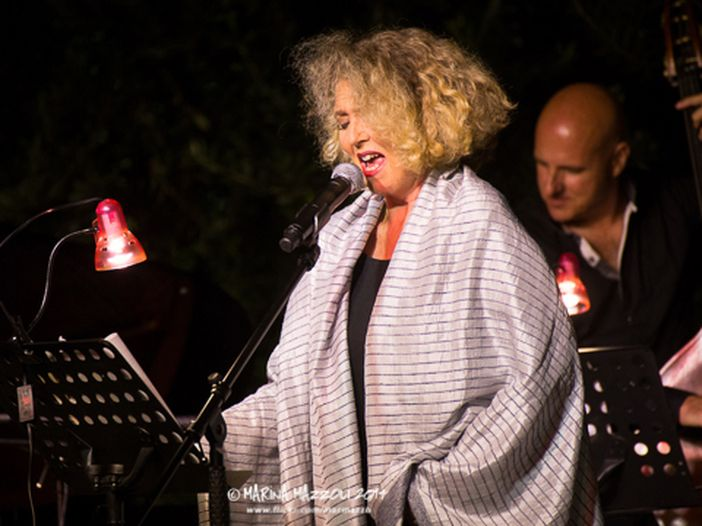 Il nuovo musical con Rossana Casale è 'La piccola bottega degli orrori'