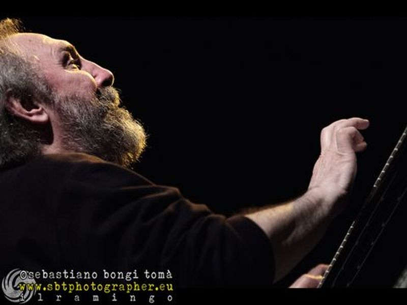13 aprile 2013 - Cage Theatre - Livorno - Area in concerto