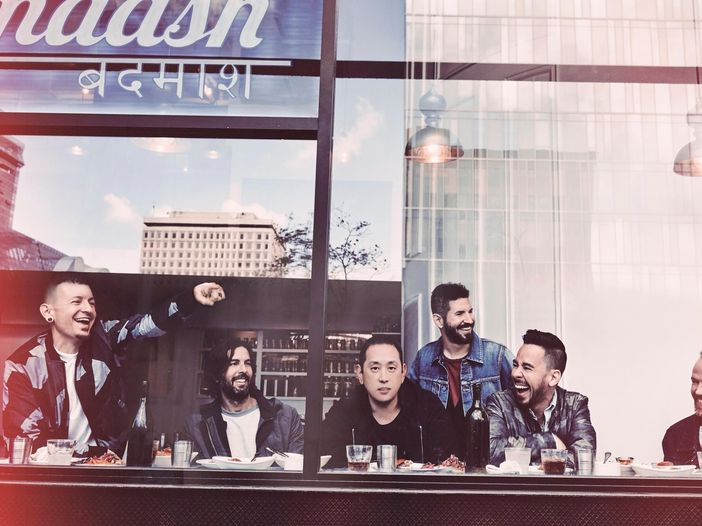 Linkin Park: il nuovo singolo è 'A light that never comes' con Steve Aoki