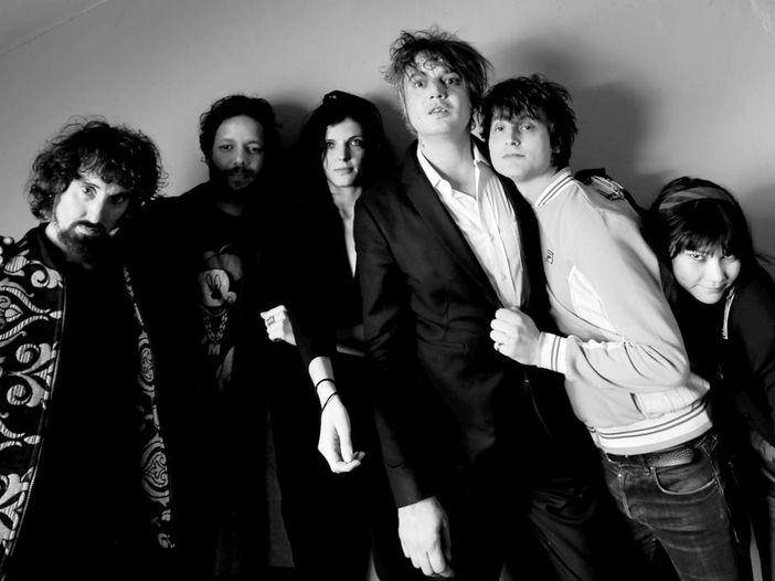 Pete Doherty, fuori a marzo il singolo dedicato a Amy Winehouse. ASCOLTA