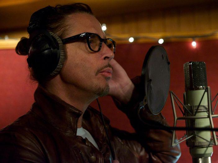 Chris Cornell, un nuovo album di cover postumo: ascolta