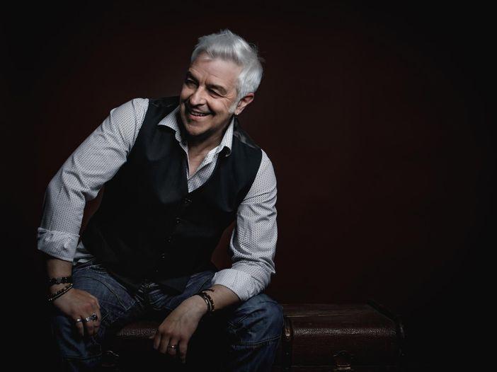 """Davide Van De Sfroos e l'album """"Maader folk"""": """"Il folk resta maestro"""""""