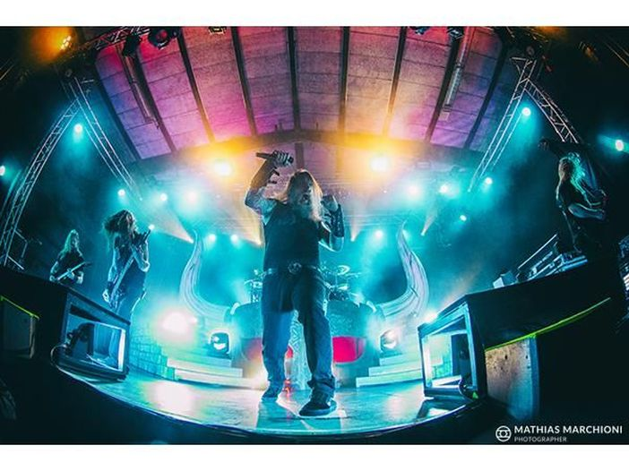 Heavy metal Pub – shots: Amon Amarth