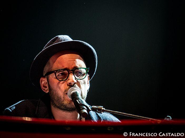 Sanremo 2013, i 'Giovani': la videointervista a Paolo Simoni