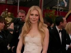 Gwyneth Paltrow torna davanti al micrfono per 'Country strong'