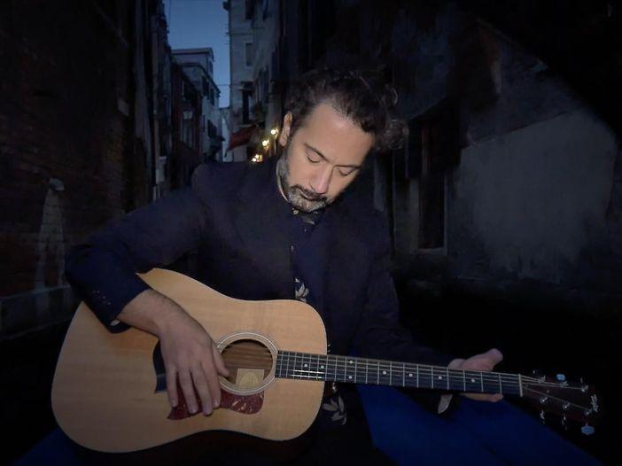Indiemood sessions: Second H. Sam nei canali di Venezia - VIDEO