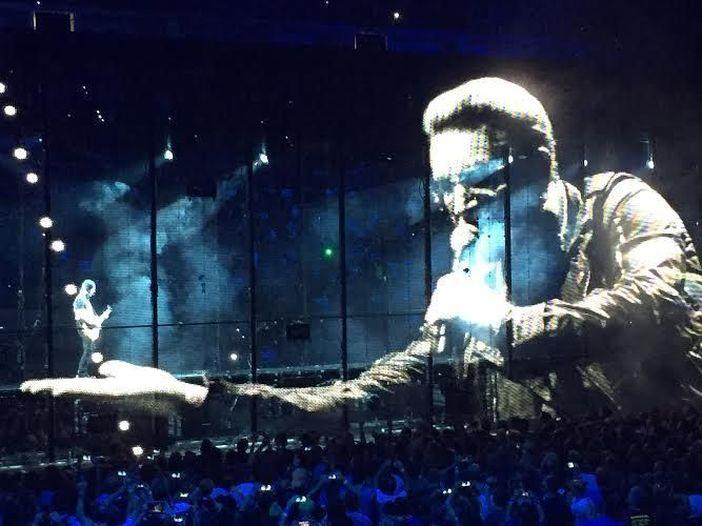 Gli U2 nel pomeriggio presentano una nuova canzone - GUARDA