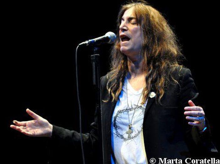 Patti Smith: tour mondiale per i 40 anni di 'Horses' nel 2015