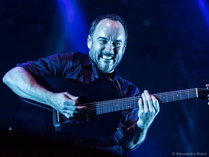 """Dave Matthews: guardalo suonare la nuova canzone """"Windows"""""""