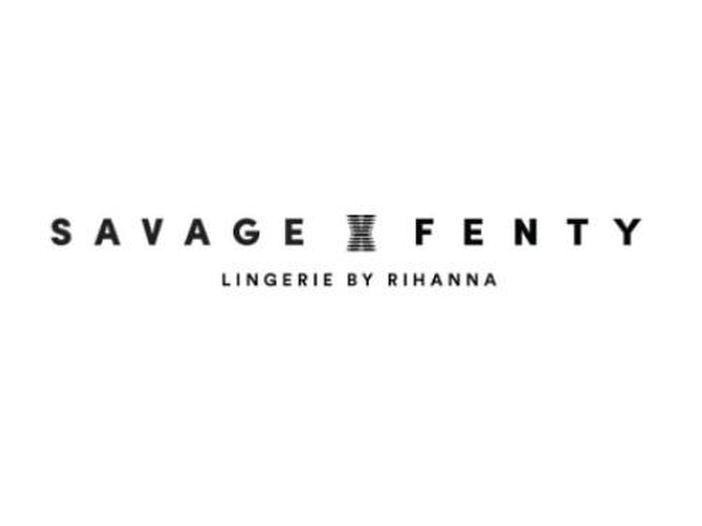 Rihanna, il brand di intimo Savage X Fenty citato in giudizio