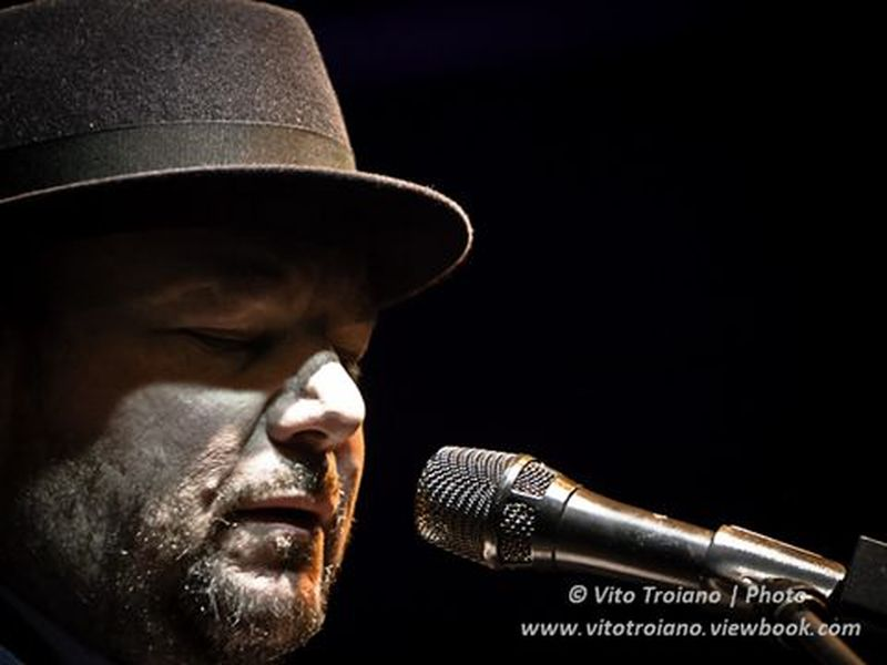 18 Novembre 2011 - Naima Club - Forlì - Christopher Cross in concerto