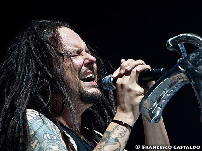 Anteprima Rockol: ecco 'Narcissistic Cannibal', il nuovo video dei Korn